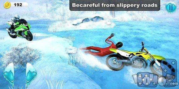 越野雪地摩托车驾驶员2K20特技摩托车比赛